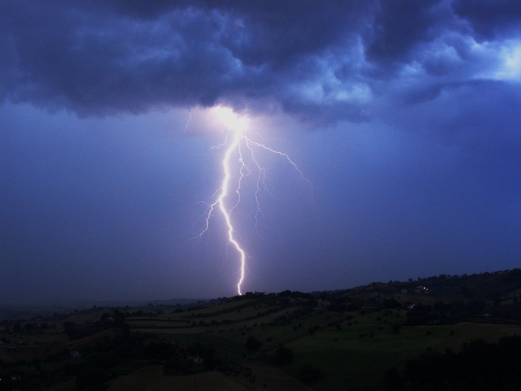 Thunderstorm_by_marla